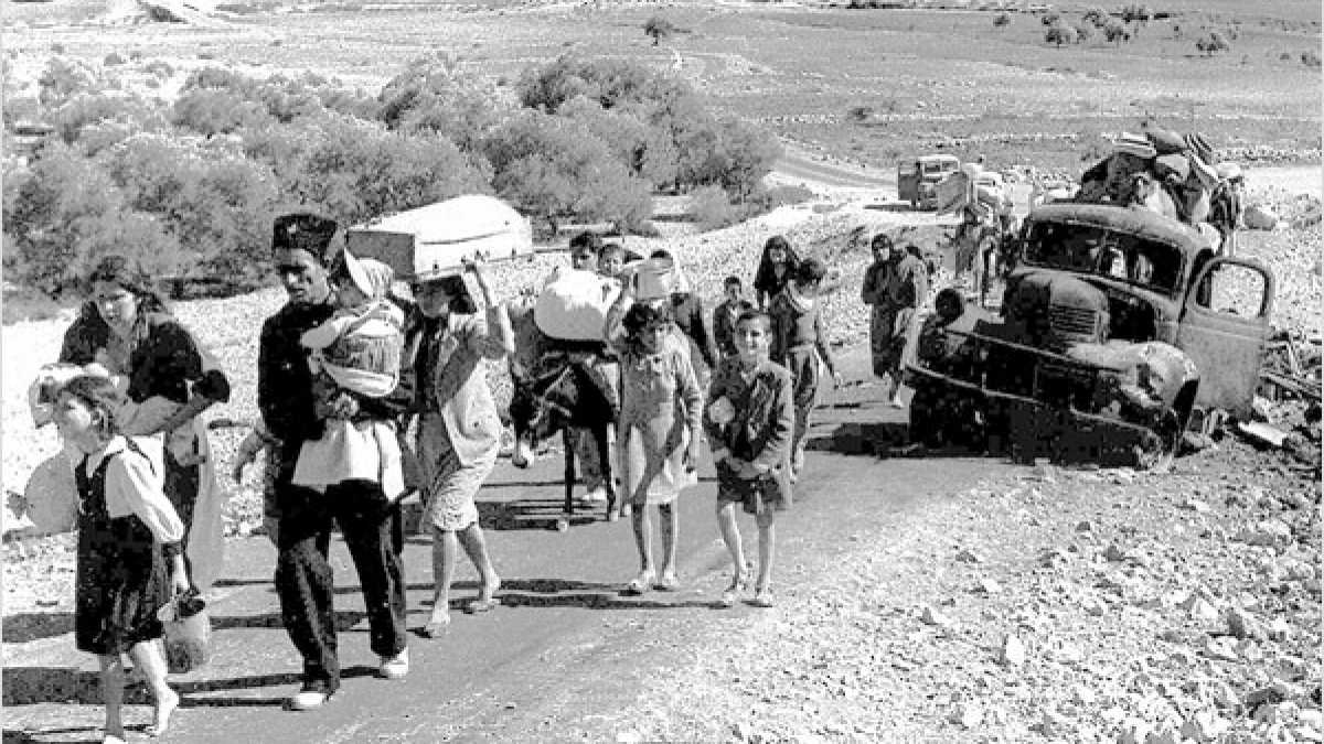 Palestinian refugees leaving the Galilee, October–November 1948.